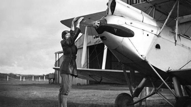 Australia Recognises a Female Aviation Icon